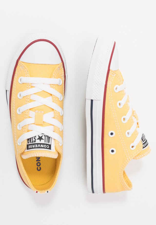 CHUCK TAYLOR ALL STAR TWISTED VARSITY - Sneakers laag - topaz gold/garnet/white