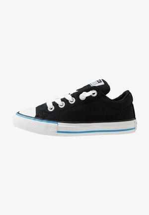 CHUCK TAYLOR ALL STAR STREET VARSITY SLIP ON - Baskets basses - black/white/coast