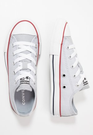CHUCK TAYLOR ALL STAR PINSTRIPE - Joggesko - wolf grey/garnet/white