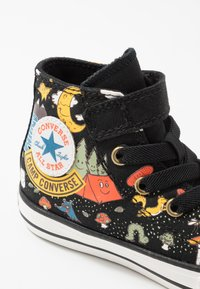 Converse - CHUCK TAYLOR ALL STAR - Sneakersy wysokie - black/bold mandarin/amarillo - 2