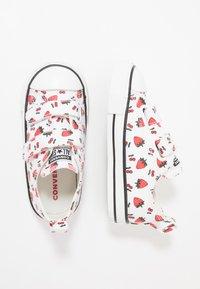Converse - CHUCK TAYLOR ALL STAR - Zapatillas - white/garnet - 0
