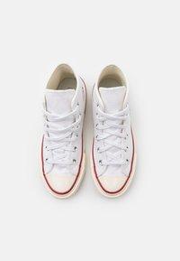 Converse - CTAS 70S UNISEX - Sneaker low - white - 3