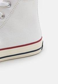 Converse - CTAS 70S UNISEX - Sneaker low - white - 5