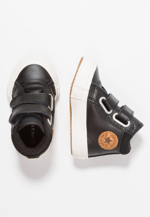CHUCK TAYLOR ALL STAR BOOT - Baby shoes - black/burnt caramel