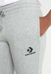 Converse - STAR CHEVRON SIGNATURE PANT - Tracksuit bottoms - vintage grey heather - 5