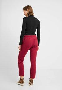 Converse - ALL STAR PANT - Pantaloni sportivi - back alley brick - 2