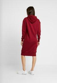 Converse - STAR CHEVRON LONG DRESS - Sukienka letnia - alley brick - 3