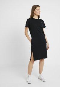 Converse - LONG TEE DRESS - Vestito di maglina - black - 0
