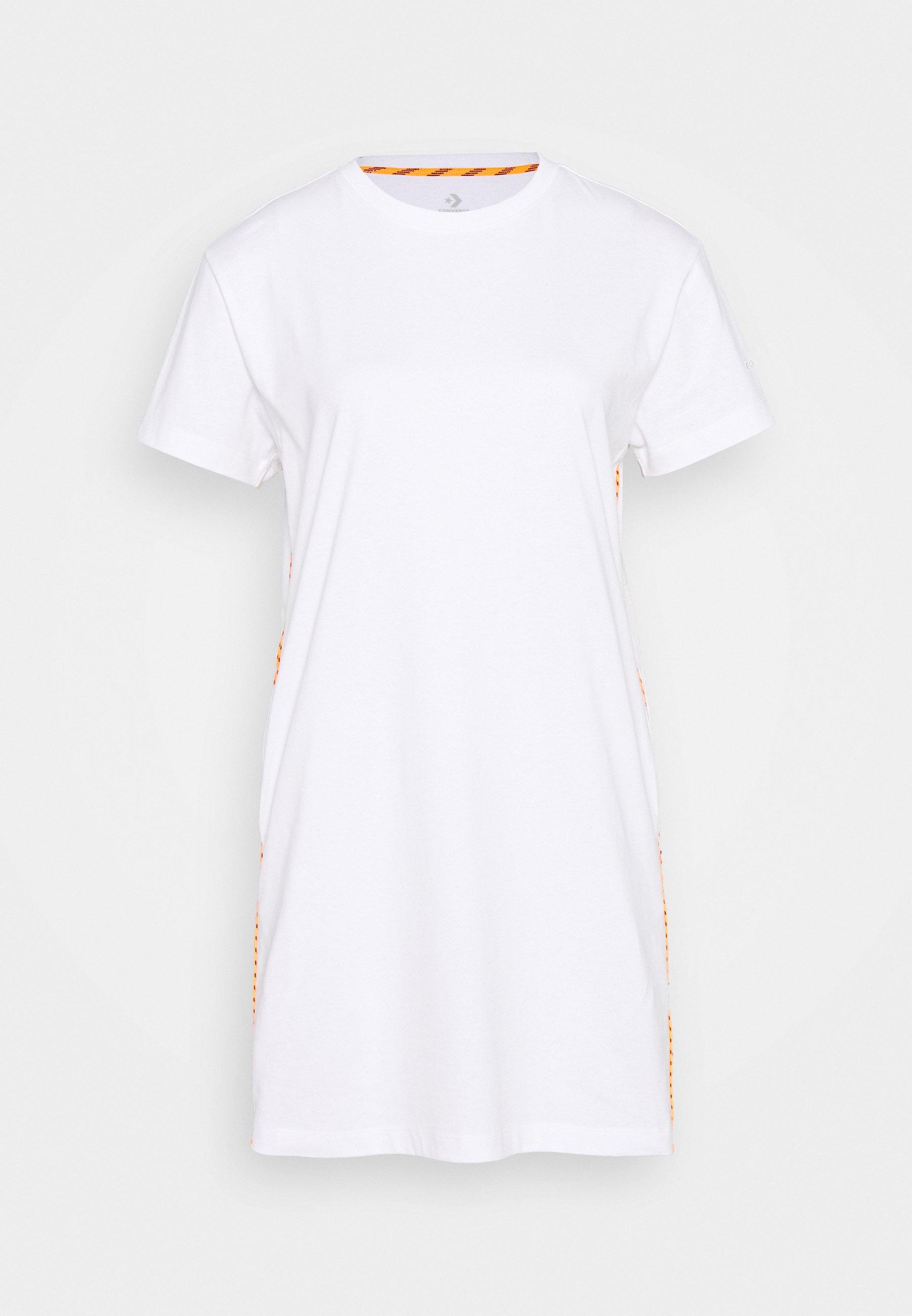 robe t shirt converse