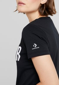 Converse - ALL STAR REMIX TEE - T-shirts med print - black - 4