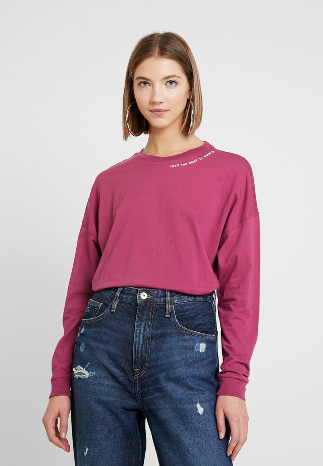 RENEW LIFES TEE - Topper langermet - mesa rose