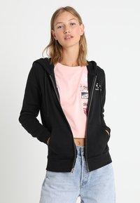 Converse - STAR CHEVRON HOODIE - Zip-up hoodie - black - 0