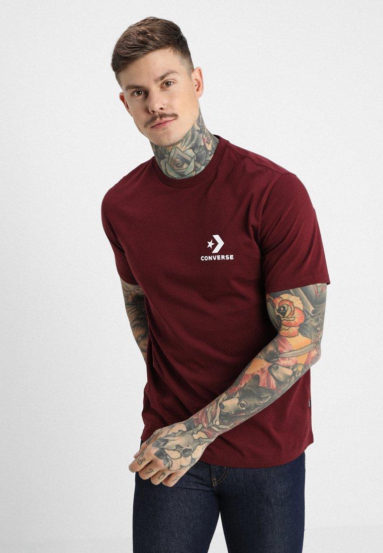 Converse - LEFT CHEST STAR CHEVRON TEE - T-Shirt print - dark burgundy