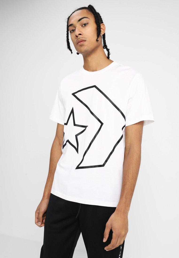Converse - TILTED STAR CHEVRON TEE - Camiseta estampada - white