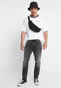 Converse - OVERSIZED RINGER TEE - T-shirt basique - white - 1