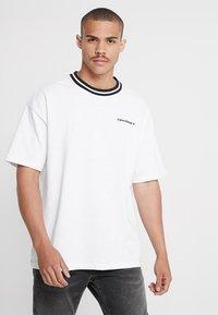 Converse - OVERSIZED RINGER TEE - T-shirt basique - white - 0