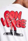 Converse - CARTOON CHUCK TEE - Camiseta estampada - white