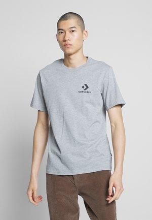LEFT CHEST STAR CHEVRON TEE - Print T-shirt - mottled light grey