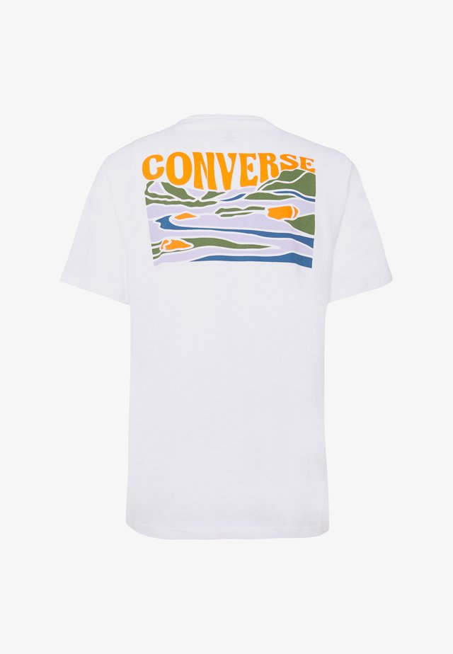 GROOVY TEE - Print T-shirt - white