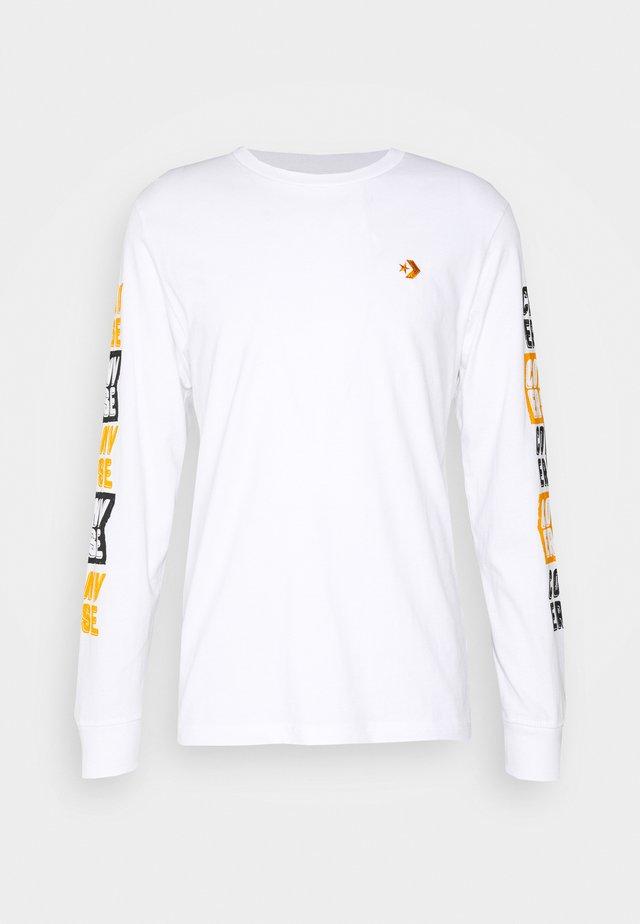 FOLD OUT TEE - Maglietta a manica lunga - white