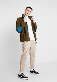 Converse - POLAR RIPSTOP JACKET - Summer jacket - surplus olive - 1
