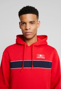 Converse - ALL STAR PULL OVER HOODIE - Luvtröja - university red - 3