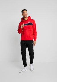 Converse - ALL STAR PULL OVER HOODIE - Luvtröja - university red - 1