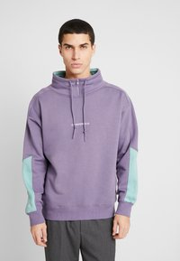 Converse - FUNNEL NECK WORDMARK  - Sweatshirt - moody purple - 0