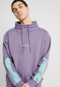 Converse - FUNNEL NECK WORDMARK  - Sweatshirt - moody purple - 3