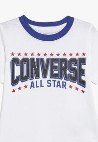 Converse - ALL STAR ARCH TEE - T-shirt imprimé - obsidian - 3