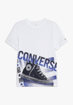 HALFTONE CHUCK TEE - Print T-shirt - white