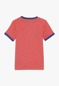 Converse - SPORT STRIPE RINGER TEE - T-shirt con stampa - habanero red - 1