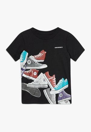 ASCENDING SNEAKERS TEE - T-shirts med print - black