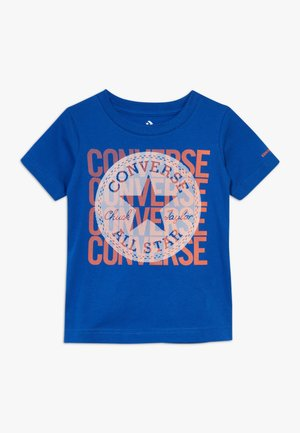 LINEAR OVERLAY CHUCK PATCH TEE - Camiseta estampada - blue