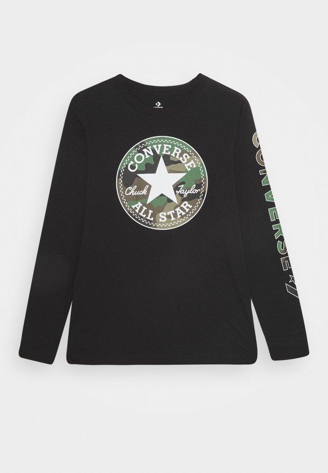 CAMO CHUCK PATCH TEE - Camiseta de manga larga - black