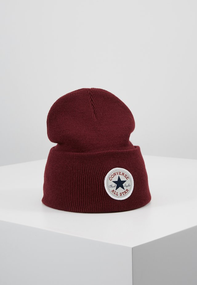 CHUCK PATCH TALL BEANIE - Lue - dark burgundy