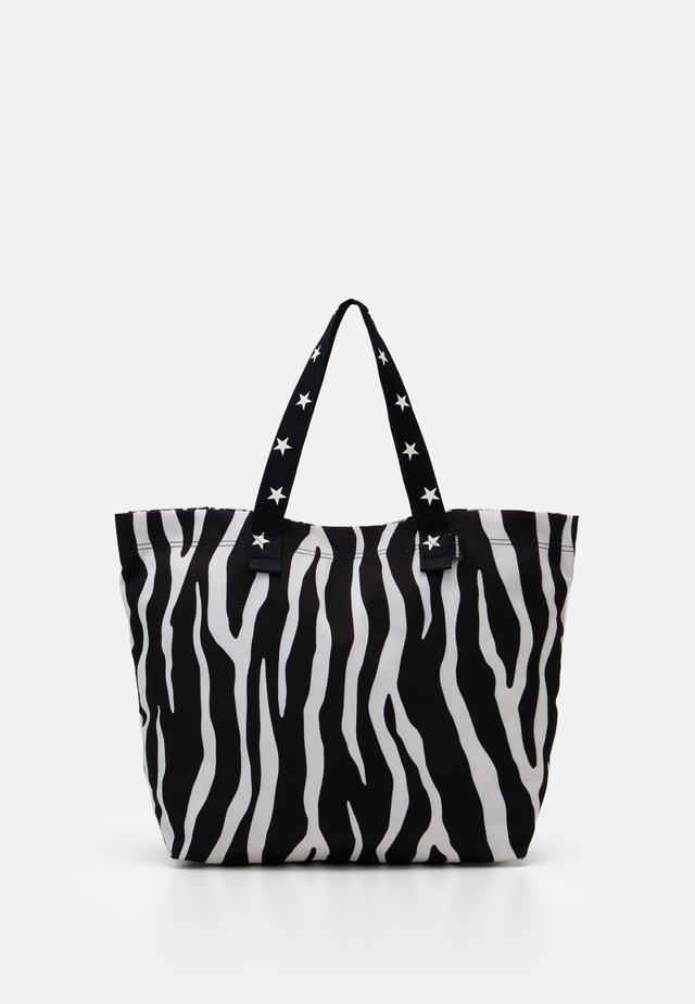 TOTE - Shoppingväska - zebra leopard/star