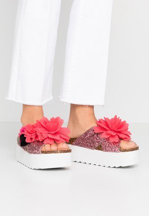 Pantofle na podpatku - pink