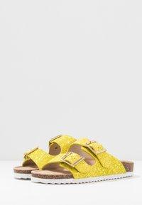 Colors of California - Tohvelit - yellow - 4