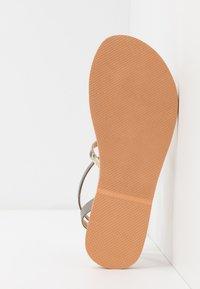 Colors of California - Sandály s odděleným palcem - natural - 6