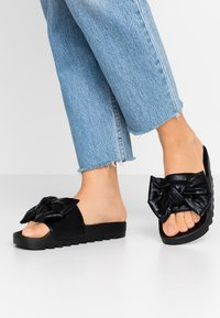 Colors of California - Mules - black - 0