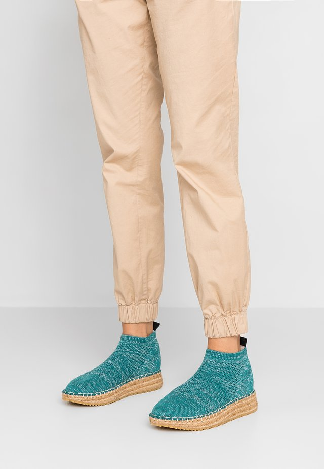 Kotníková obuv - aqua