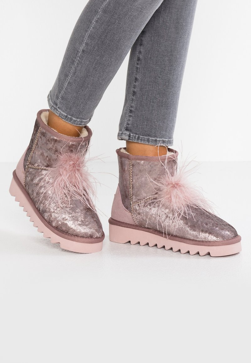 Colors of California - Classic ankle boots - pink