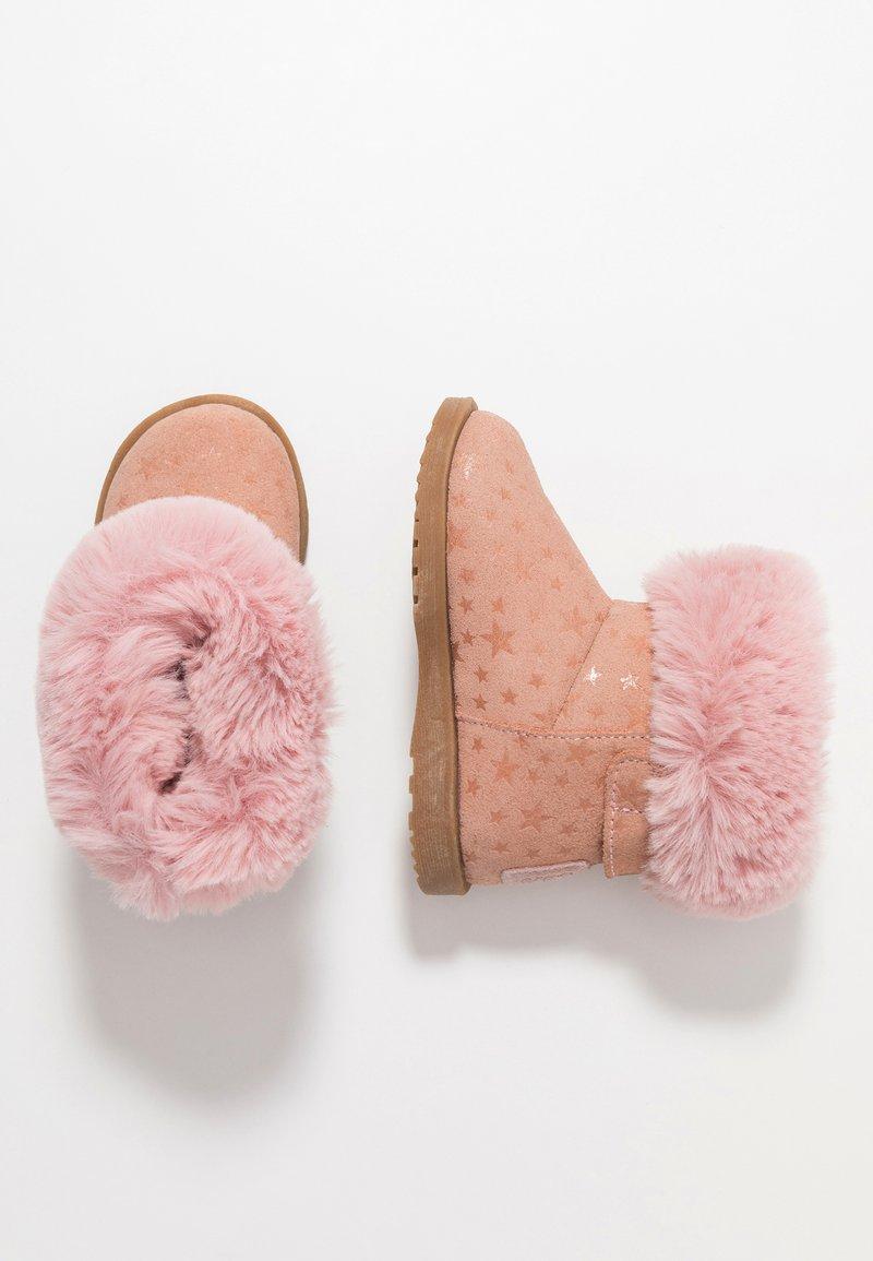 Colors of California - Nilkkurit - pink