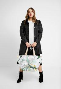 Codello - INTO THE RESORT - Shopping Bag - mint - 1