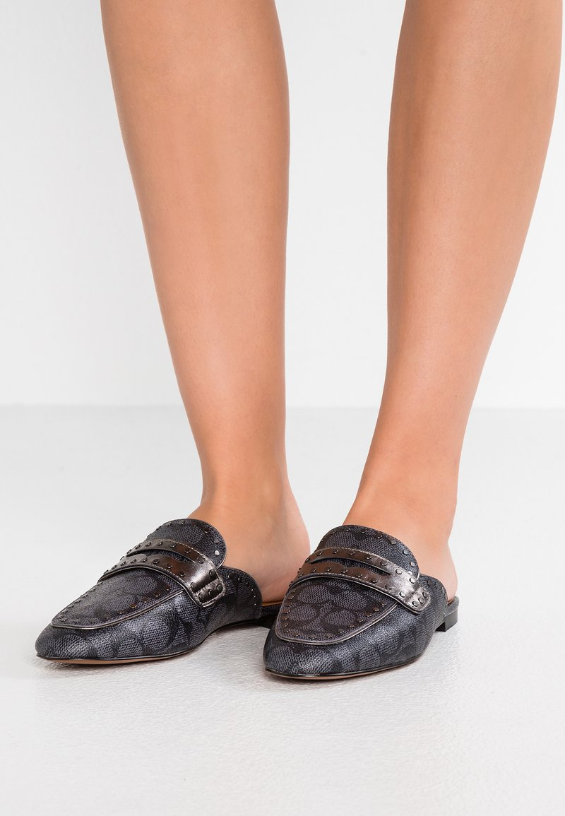 Coach - LOAFER SLIDE WITH SIGNATURE  - Muiltjes - charcoal/gunmetal