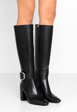 EVELYN BUCKLE BOOT - Boots med høye hæler - black