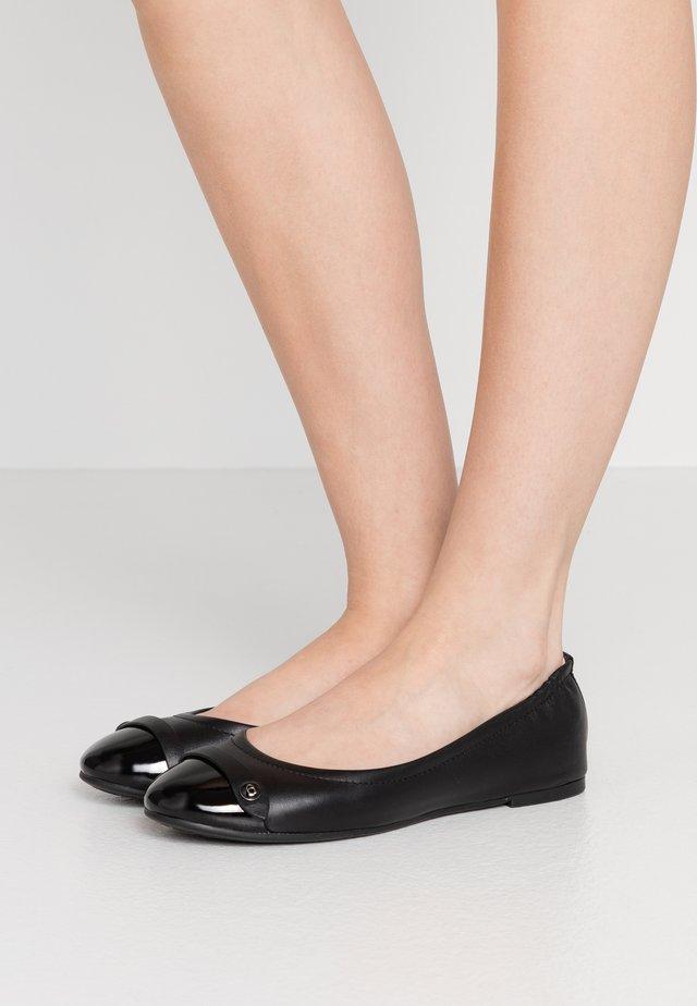 BRANDI BUTTON BALLET - Ballet pumps - black