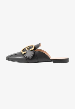 SULLIVAN BUCKLE LOAFER SLIDE - Pantofle - black
