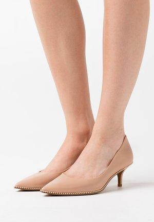 JACKIE - Classic heels - beechwood